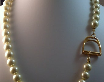 Ivory Pearl And Gold Stirrup Necklace, Stirrup and Pearl Necklace, Elegant Equestrian Necklace