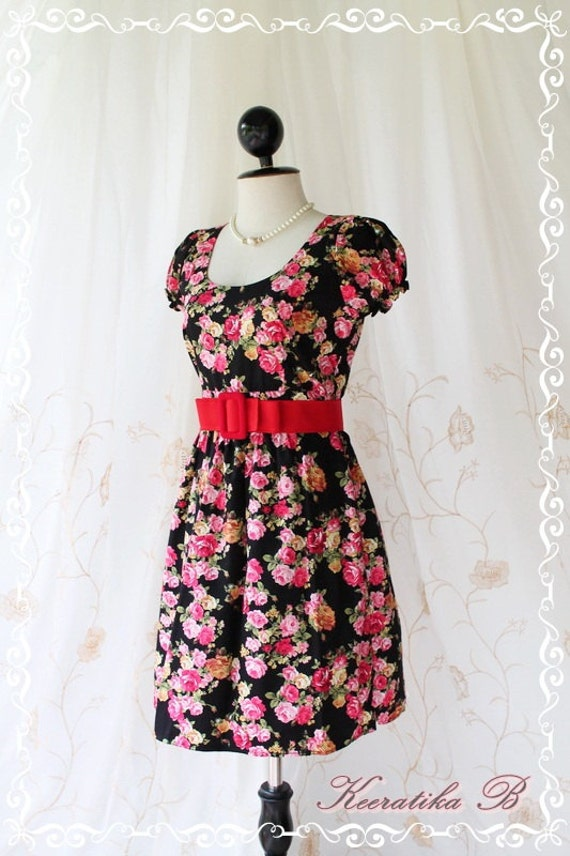 Baby Doll Dress - Adorable Lady Party Day Dress Dolly Baby Doll Sleeve Elegant Floral Print Black Fabric S-M