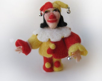Harlequin - needlefelted sculpture