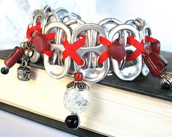 SODA TAB BRACELET - Showgirl - Red and Black - 7 1/2 inch length - upcycled/recycled/eco-friendly - gifts under 20.00