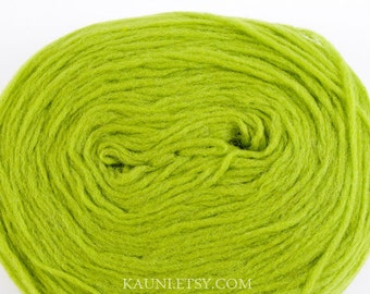Thin Wool Pencil Roving/Pre-Yarn, Spinning, Felting or Knitting Fiber, Bright Green