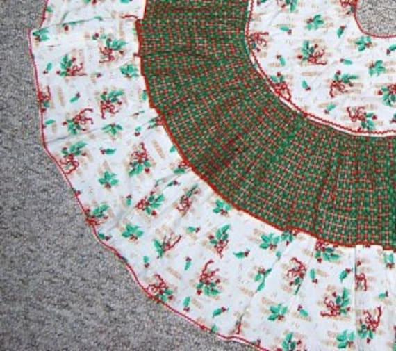 Vintage Tree Skirt Music Theme