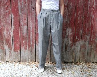 Women's Pants Trousers Slacks Gray Plaid Size 8 Vintage Woman's Clothing