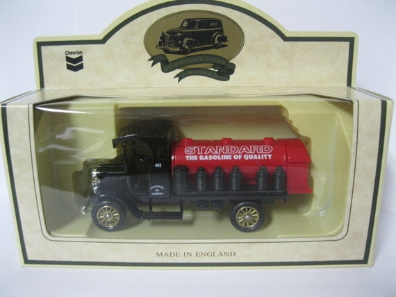 Chevron Collectible Commemorative 1936 Farm Delivery Truck Die Cast Model MIB Day Gone Trademark by Lledo of England