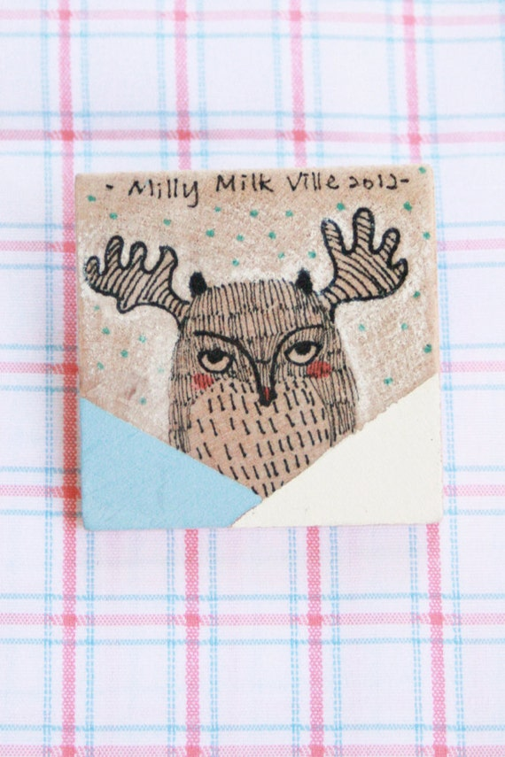 Wooden Brooch Square - Hand Painted Illustration