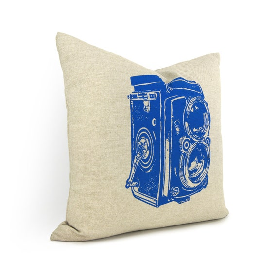Vintage Camera Pillow Case in Snorkel Blue and Beige / 16x16 40x40 cm Decorative Cushion Cover / Modern Industrial Home Decor