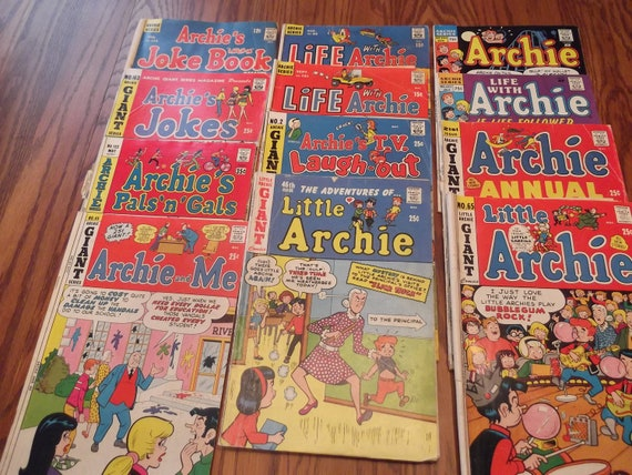 A pack of twelve Archie comic books