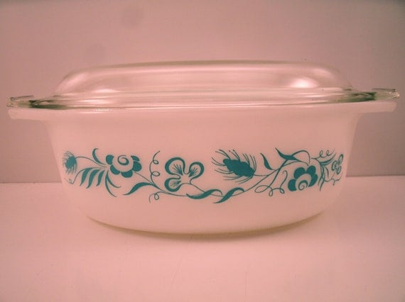 RESERVED FOR HAYLEY Vintage Pyrex 1960 Meadow Promotional Decorator Casserole 043 1 1/2 Quart