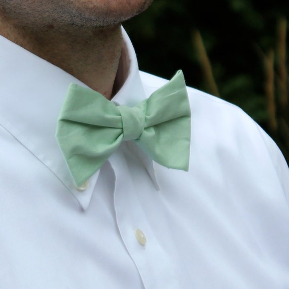 Men or boys Bow Tie in mint green - clip on, pre-tied adjustable strap, or self tying - wedding - ring bearer outfit