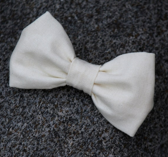 Bow tie in Solid Cream Linen - clip on, pre-tied with strap or self tying for men or boys