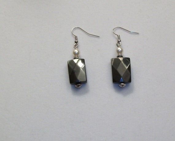 Square Hematite Faceted Earrings with Pearl and Silver Spacer on Silver Earring Wire