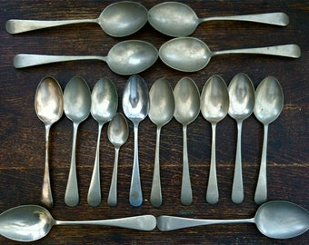Vintage English Pudding Dinner and Tea Spoons Mixed Set Job Lot of 16 circa 1910-50's / English Shop