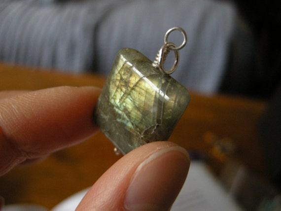 25% OFF SALE Rectangular Labradorite Pendant / Smoky Gray, Golden, Mystical Earthy Boho