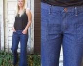 1970's wrangler jeans denim bellbottom jeans zip up hippie boho - size 4/6