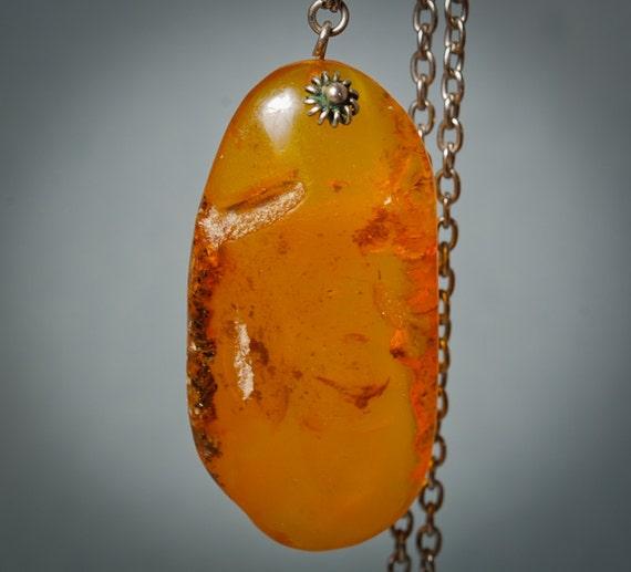 Vintage Baltic amber necklace.