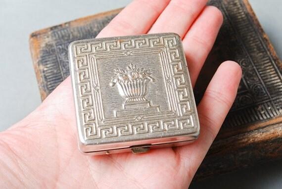 Vintage small silver tone powder case. Leningrad