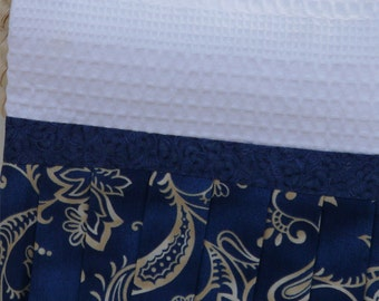 Hand Towel, Cream Paisley, Country Blue Kitchen or Bathroom Tea Towel, Cooking Gift, Cream & Blue Cottage Cotton Towel