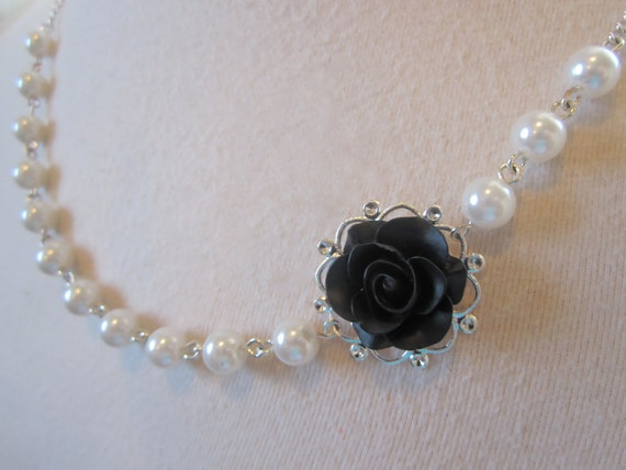 Black flower necklace Black and white Necklace Asymmetrical pearls Necklace Bridesmaid Gift victorian Black Rose Black and white Wedding