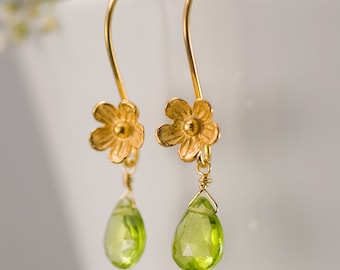 Peridot Earrings - August Birthstone Earrings - Bridesmaids Earrings - Gold Earrings - Flower Earrings - Drop Earrings - Floral Jewelry