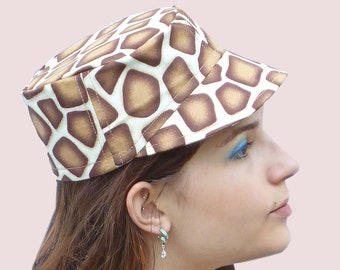Savanna's Heat Animal Print Cotton Newsboy Cap, Brown on Cream Giraffe Spots, for the Beach, Resort, Camping, Hiking. Great Gift Idea.