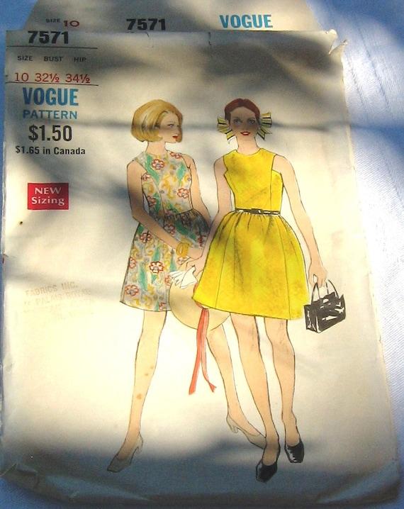 Vogue  7571 Vintage Sleveless Dress Pattern Ladies Size 10   FREE Shipping