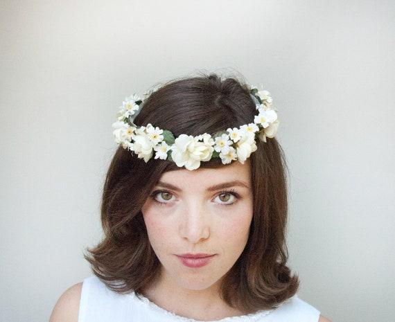 Vintage 1970s-Ring Around the Rosies-White Floral Bridal Crown