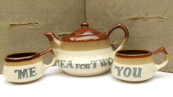 Vintage Tea for Two Set, Teapot & Cups