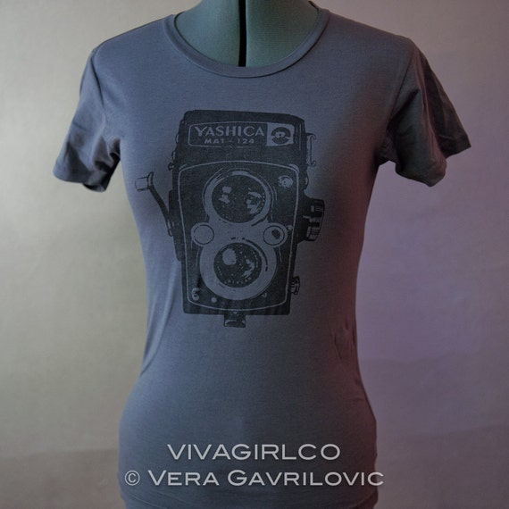 Vintage Camera TShirt in Grey with Black for Women in a Fitted Medium
