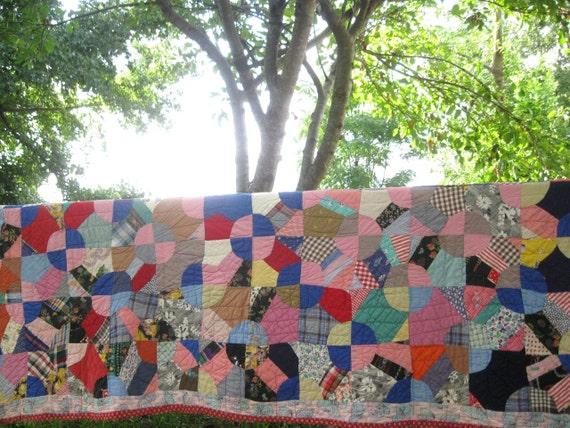 Primitive WAGON WHEEL VARIATION Antique Vintage Quilt - Colorful