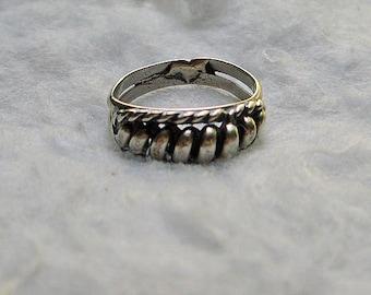 Vintage Silver Twist Ring