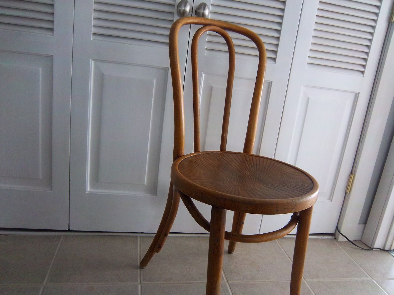 Antique thonet bentwood chair -  Zoom