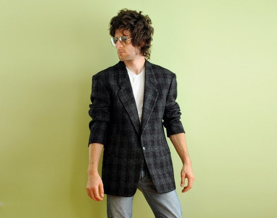 80s mens plaid tweed sportcoat 1980 blazer black red white windowpane 100% wool Pierre Cardin 40R 42R Lucky 7