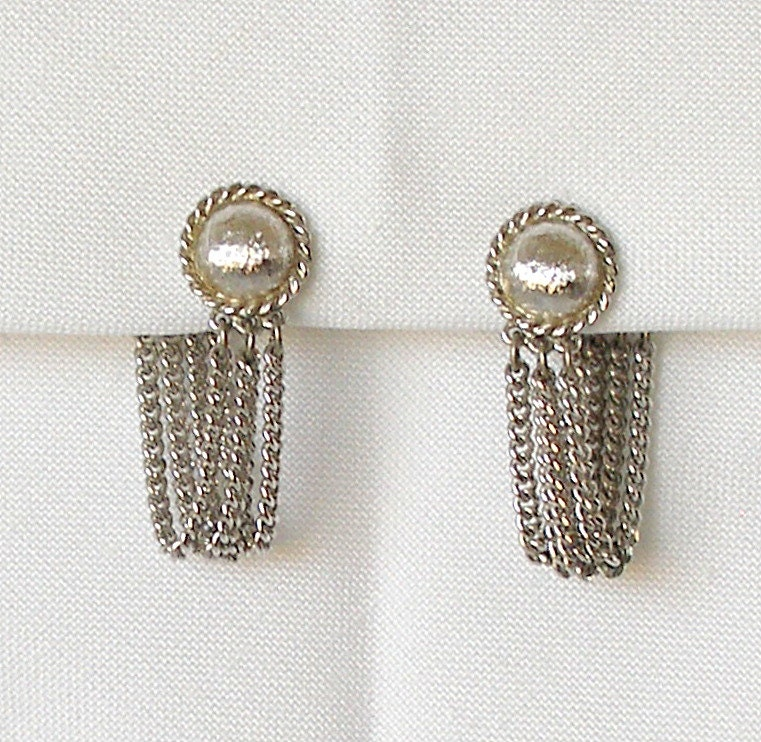 vintage silver chain earrings monet clip ons