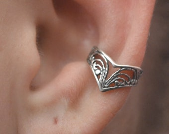 Victorian Lace Chevron Ear Cuff - Sterling Silver -SINGLE SIDE