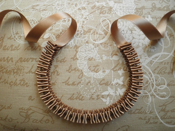 Ribbon and pearls necklace - Beige ribbon necklace with brown glass pearls