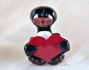 Valentine Kissy Face Guin With Red Glitter Heart - Guin Lovin' 2.0 - PenGuin Kisses - Polymer Clay