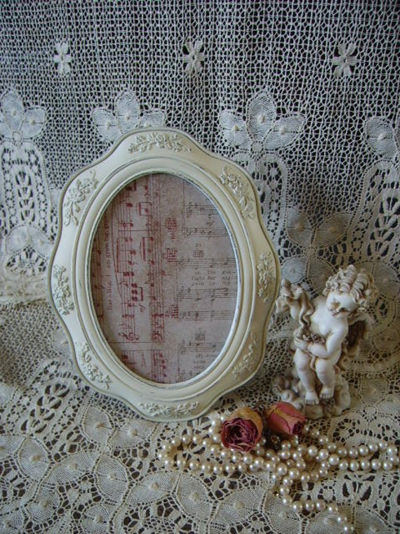 Shabby Elegant French Country style Metal Frame  Oval 5 x 7