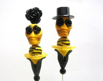 Day of the Dead Cake Topper Gothic Wedding Yellow Black Sugar Skull Lapel Pin Hat Pin Bride Groom