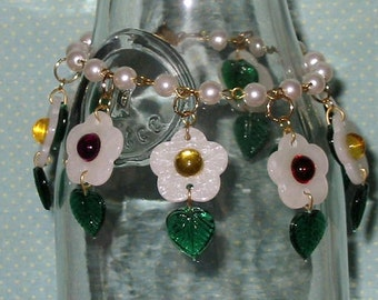 SALE - Daisies & Pearls Charm Bracelet