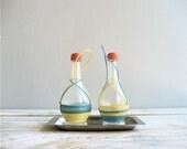 Vintage Salt n Pepper Shakers