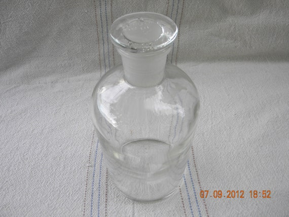 Pyrex Laboratory bottle Large