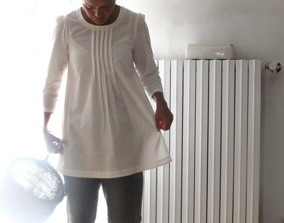 Ivory pleated blouse, japanese style top, cotton pleated shirt. Sizes US 2, 4, 6, 8. Made to order.
