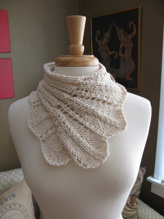 Feather Lace Buttoned Wrap Cowl patternPDF