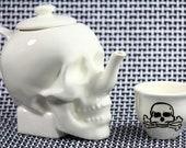 Limited Edition SKULL TEAPOT // Bone White Edition // by Dirie Dirie Me Art & Ceramics