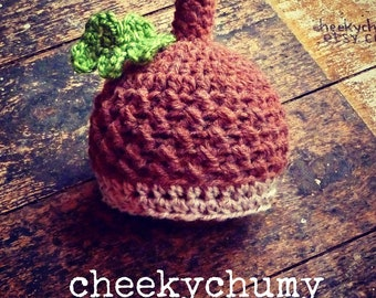 Little acorn hat. Newborn. Great photo photography prop.