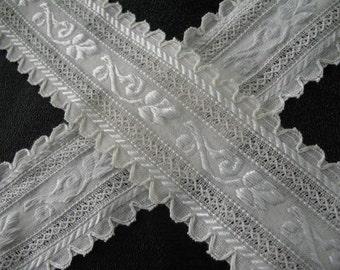 Vintage Wide Embroidered Ribbon Trim