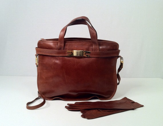 Vintage 1970s Cinnamon Brown Leather Handbag Purse with Matching Driving Gloves