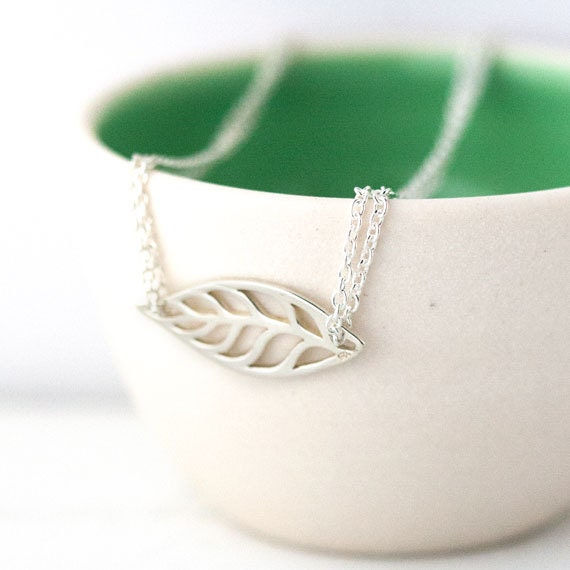 Simple Leaf Silver Bracelet / Minimalist Leaf Cutout on Dainty Sterling Silver Double Strand Chain