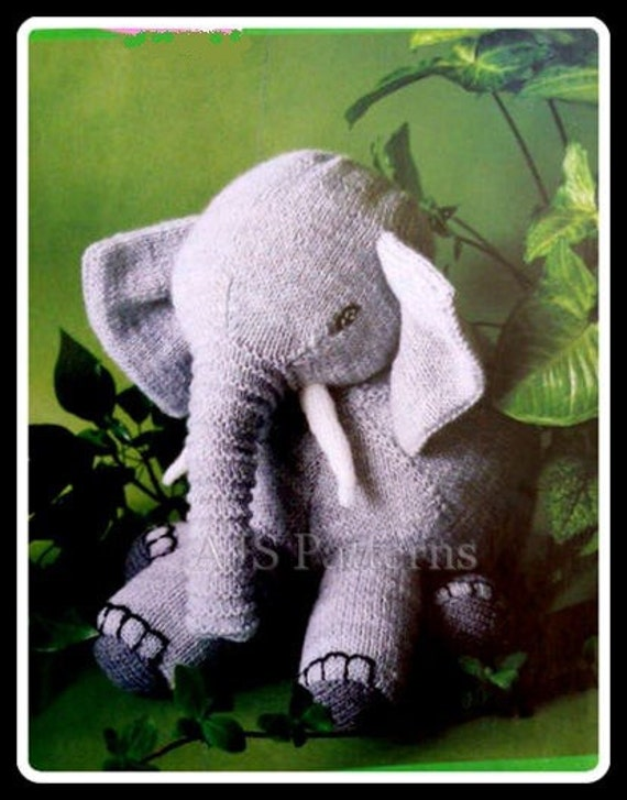 Easy Elephant Knitting Pattern : PDF Knitting Pattern for Loveable Elephant by TheKnittingSheep