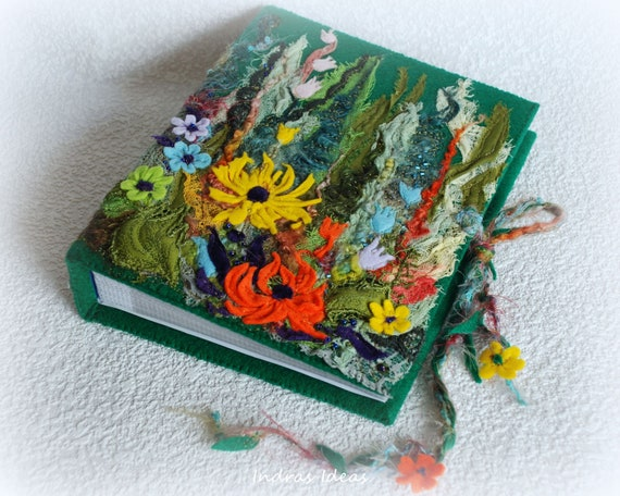 Embroidered  flower Photo album for 200 photos
